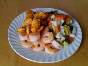 Scampi, kylling og grønnsaker